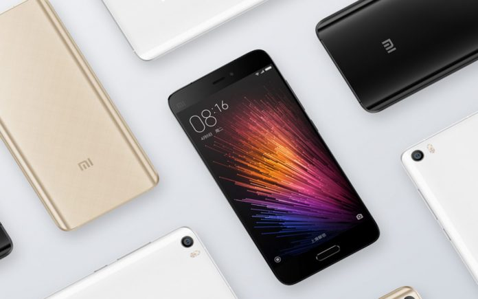 Xiaomi might build a three-panel foldable phone