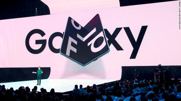 Samsung's Galaxy Fold is breaking for some early users