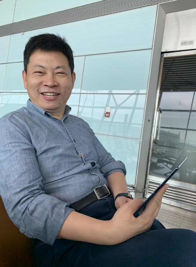 Huawei CEO caught using foldable Mate X in airport, totally on accident, guys