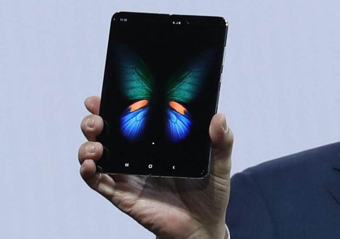 Samsung's Galaxy Fold is less bork-prone but a pain to repair