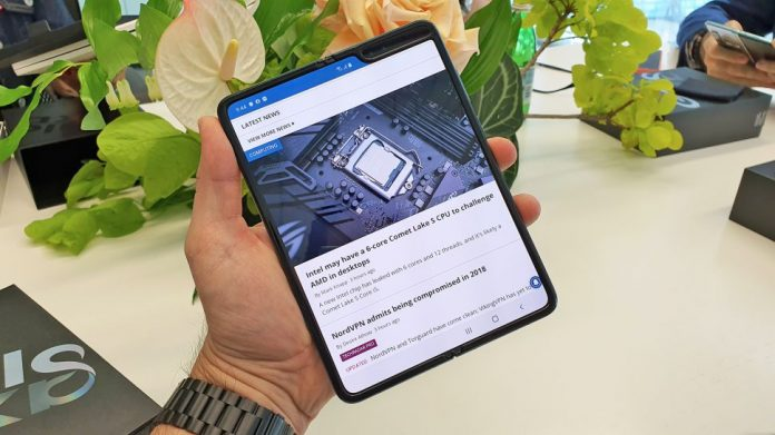 Foldable News. OnePlus doesn't plan to launch foldable phones as it has no clear use case for now: Pete Lau
