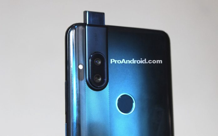 All-screen Motorola One phone with a pop-up camera leaked
