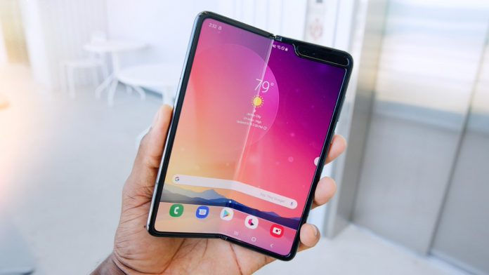 240 million devices will have flexible or foldable screens by 2028